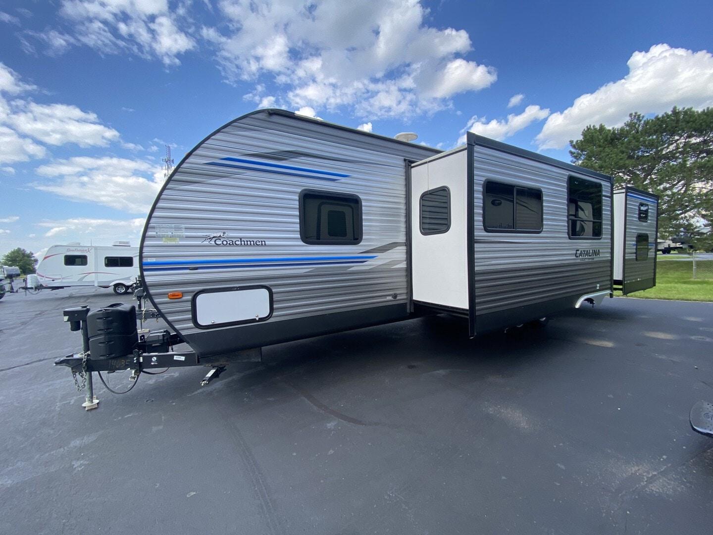 Used, 2019, Coachmen, Catalina 323BHDS, Travel Trailers