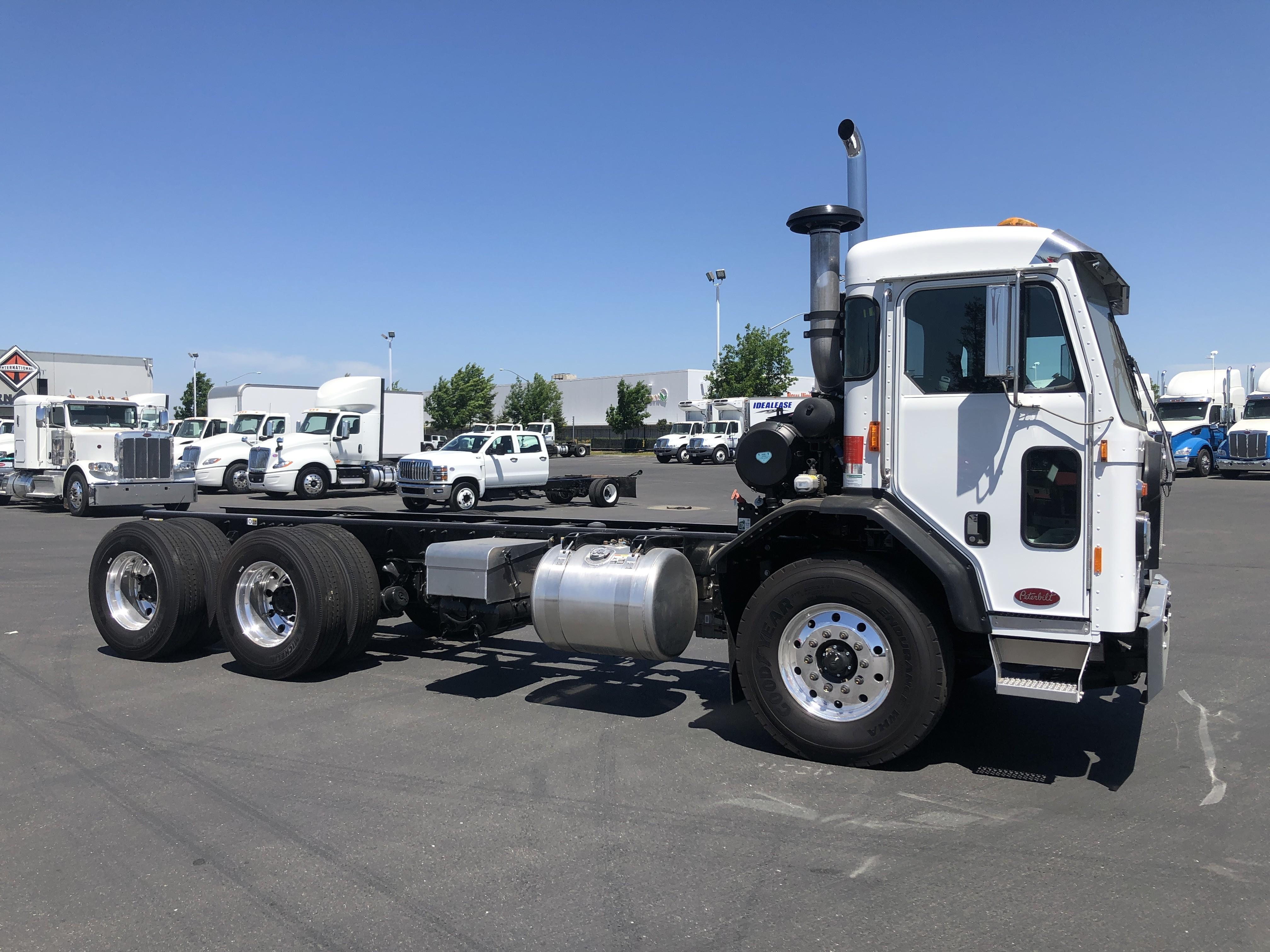 New, 2020, Peterbilt, 520 LCF, Cab / Chassis Trucks