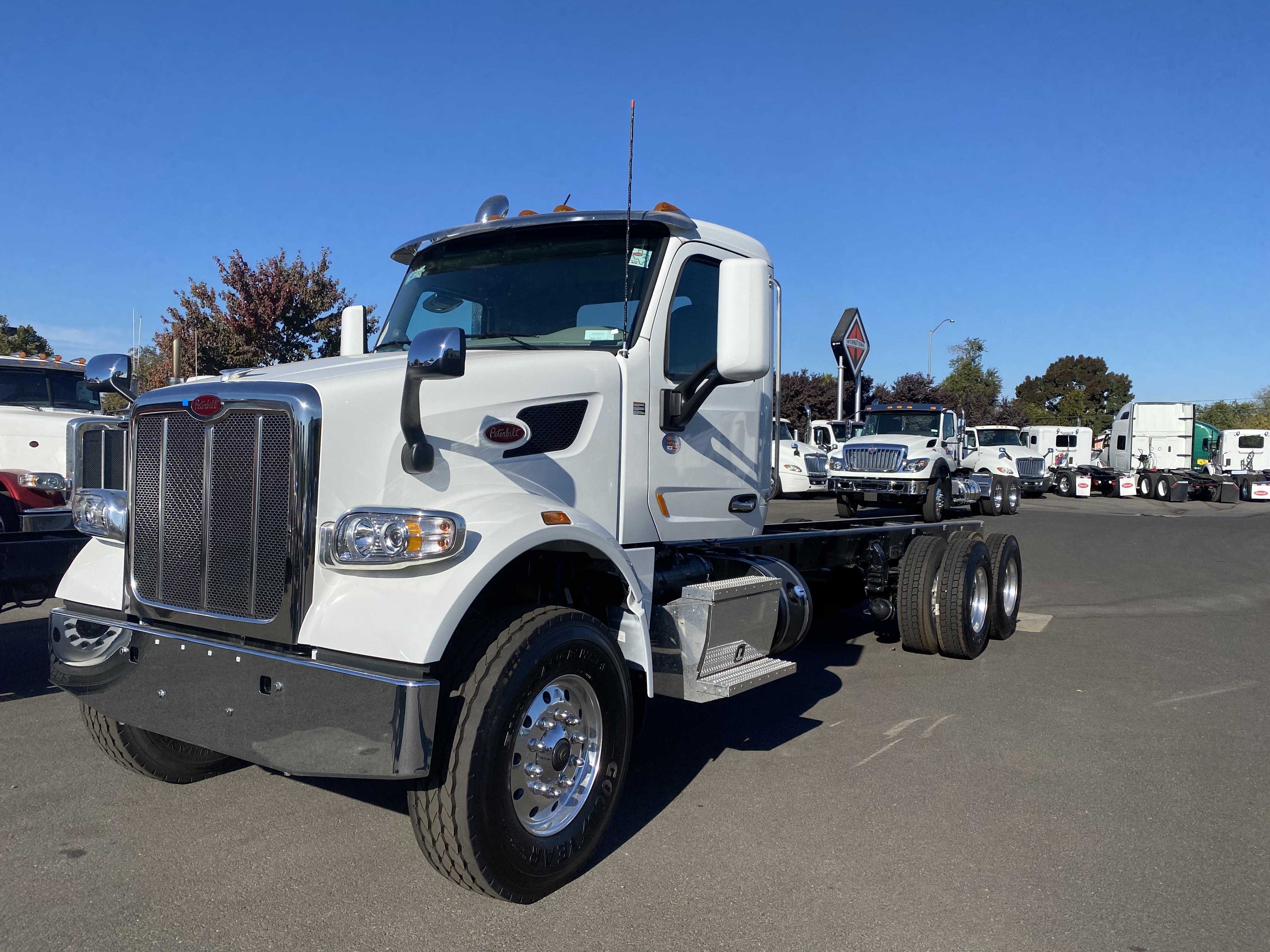 New, 2021, Peterbilt, 567, Cab / Chassis Trucks