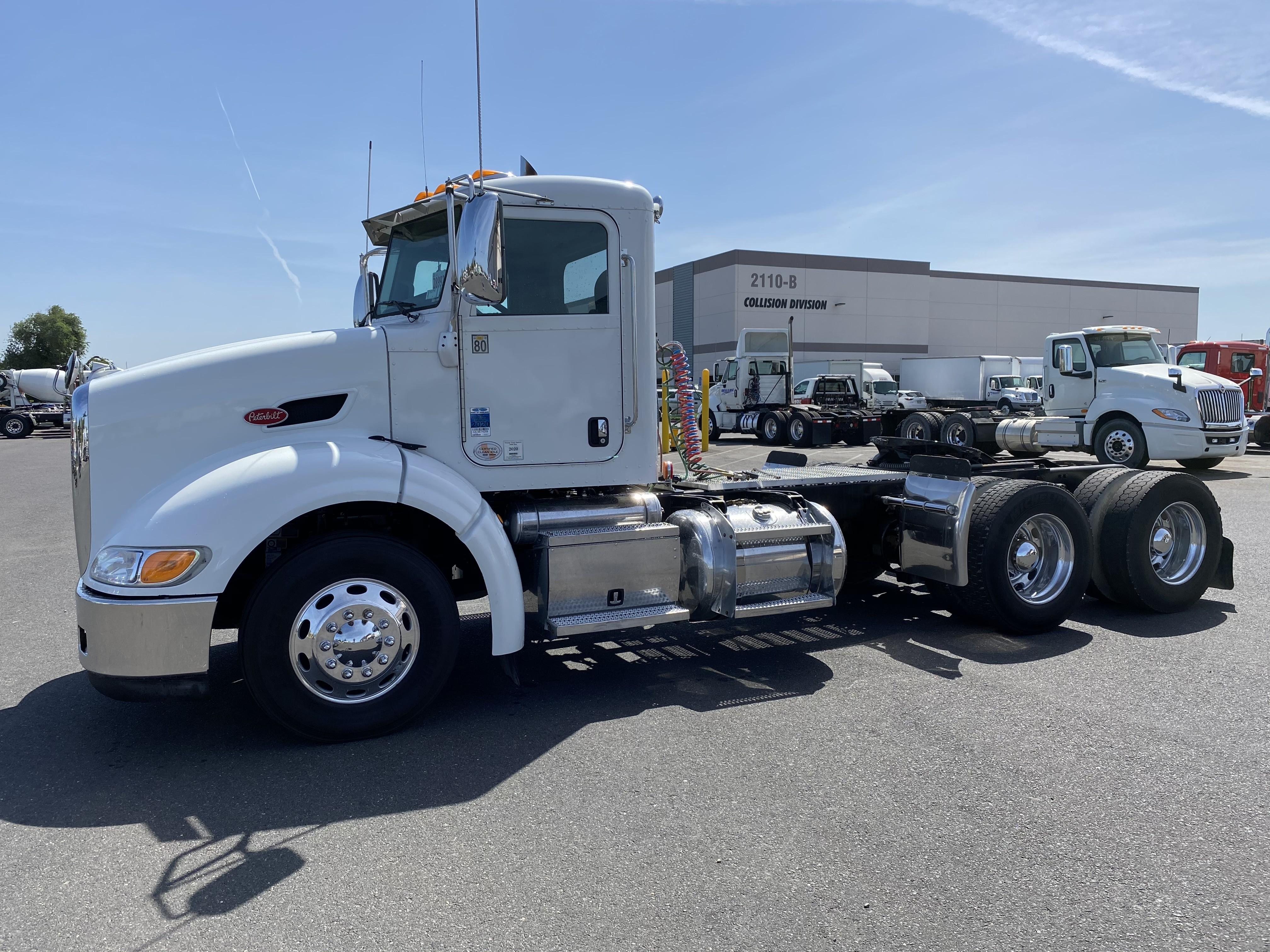 Used, 2012, Peterbilt, 384  Aerodynamic, Conventional Trucks