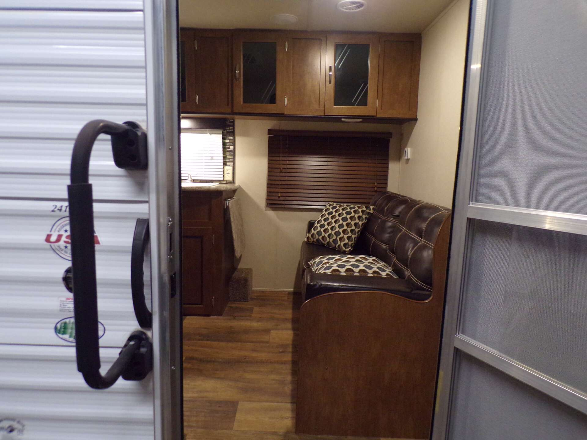 Used, 2018, Wildwood X-Lite, 241QBXL, Travel Trailers