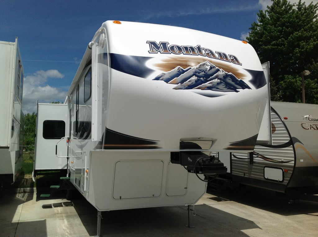 Used, 2011, Keystone, 3455SA Montana, Fifth Wheels