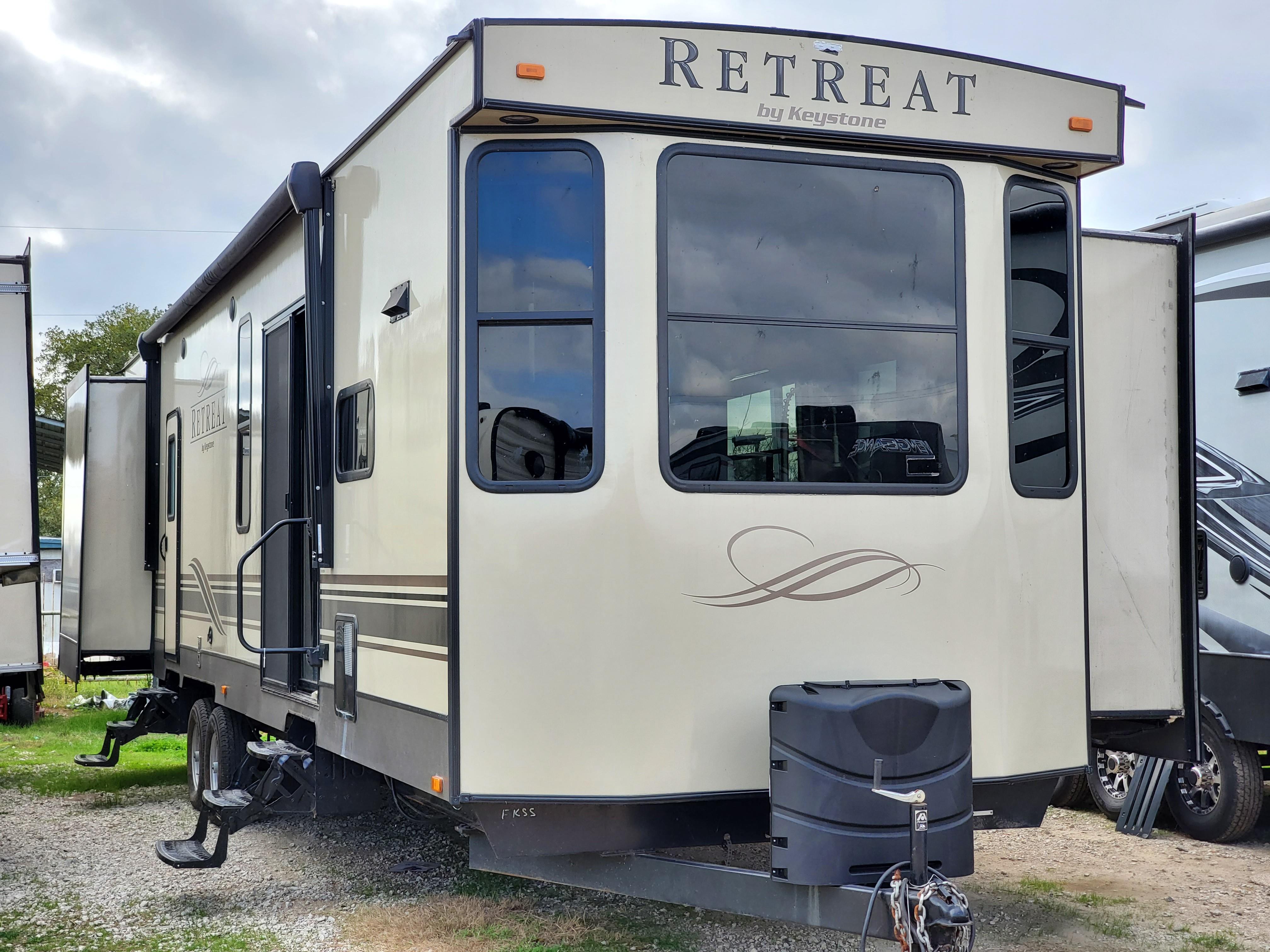 Used, 2018, Keystone, Retreat 391FKSS, Destination Trailers
