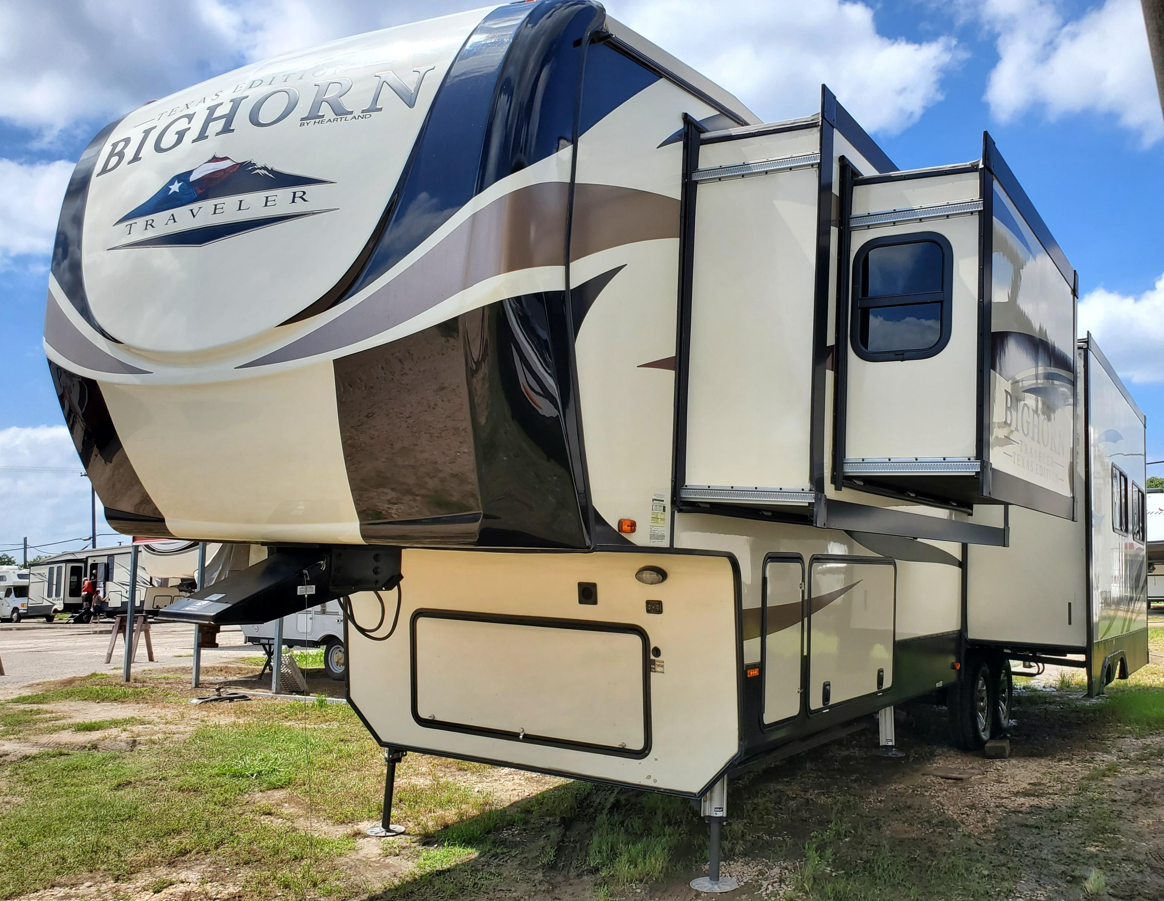 Used, 2019, Heartland, Bighorn Traveler BHTR 32 CK, Fifth Wheels