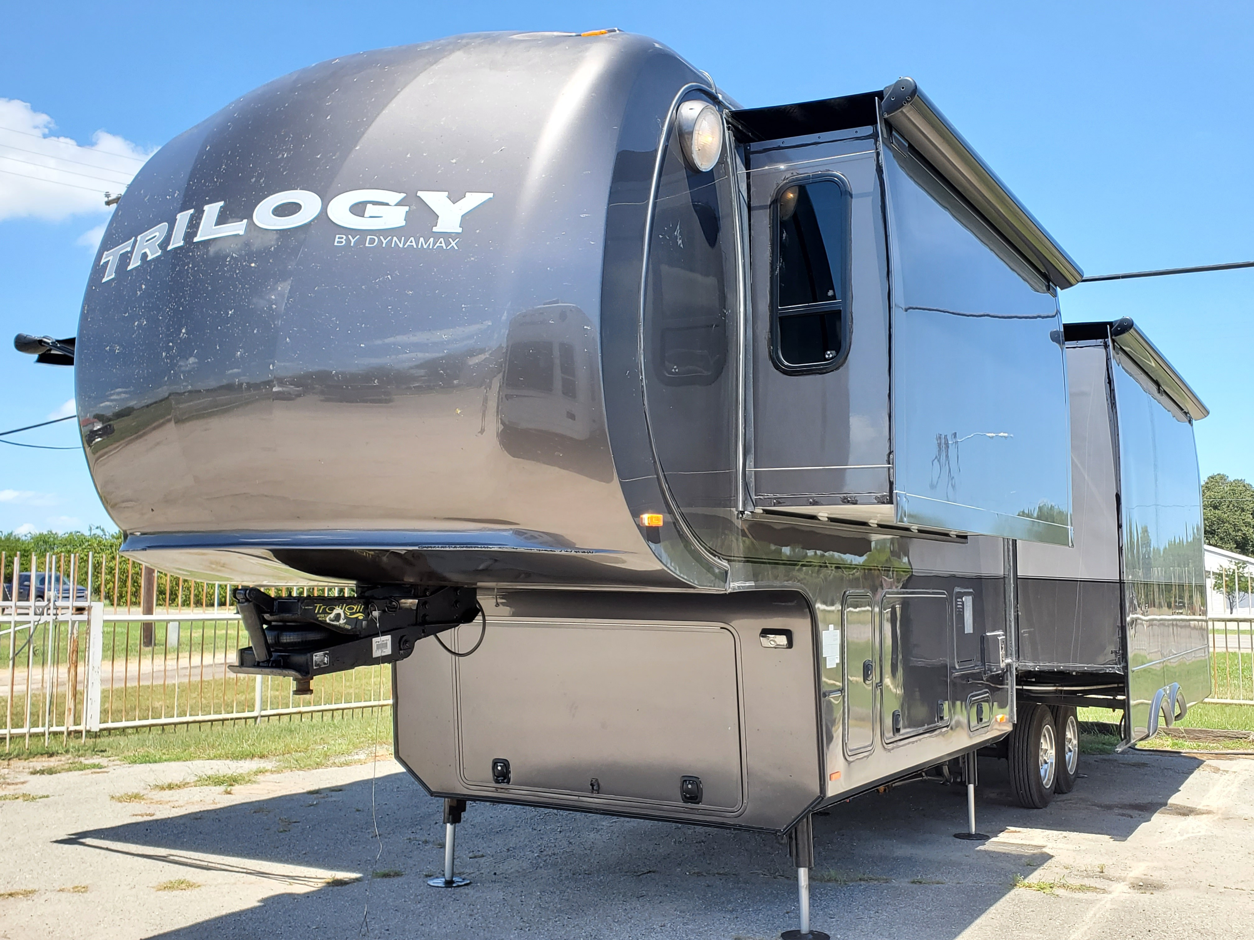 Used, 2013, Trilogy, 3650RE, Fifth Wheels