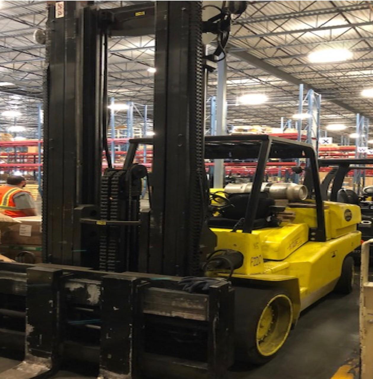 Used, 2008, Hoist, F220, Forklifts / Lift Trucks