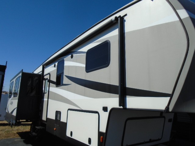 Used, 2016, Keystone, Laredo 312RE, Fifth Wheels