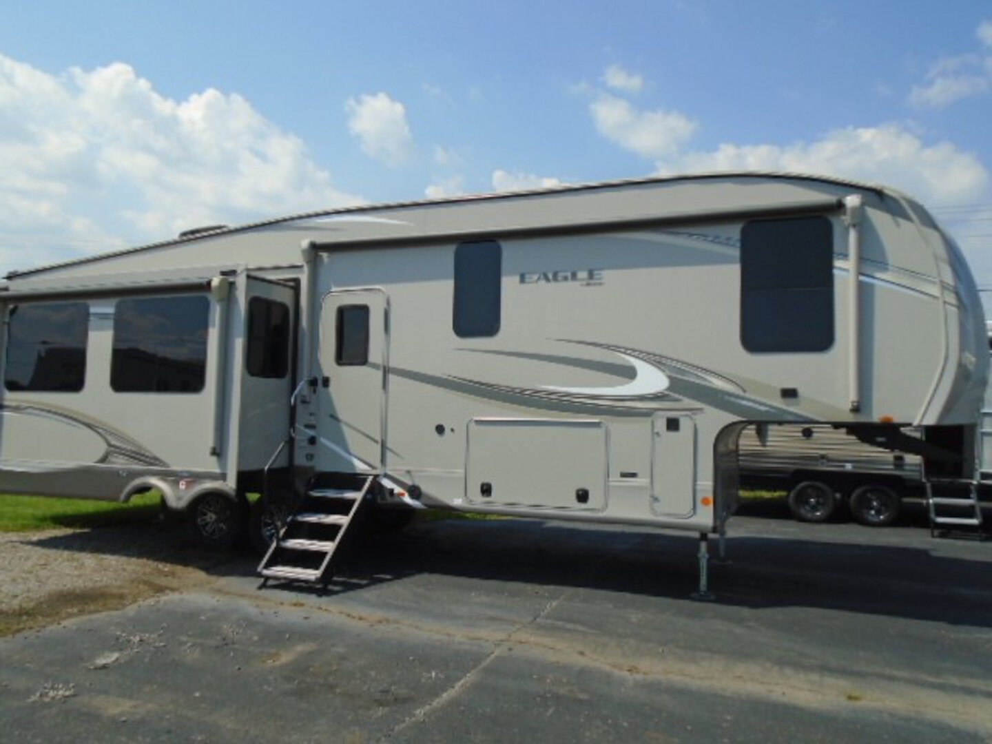 Used, 2020, Jayco, 321 RSTS, Fifth Wheels