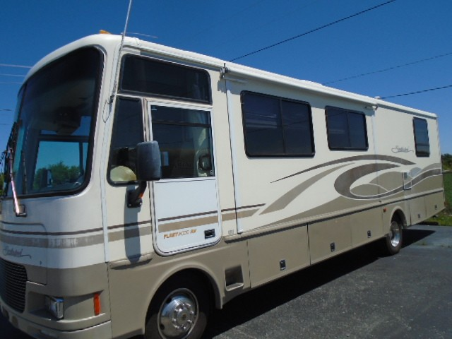 Used, 2001, Fleetwood, Southwind 32V, RV - Class A