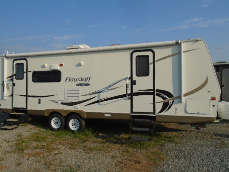 Used, 2011, Forest River, Flagstaff super lite 26RLS, Travel Trailers