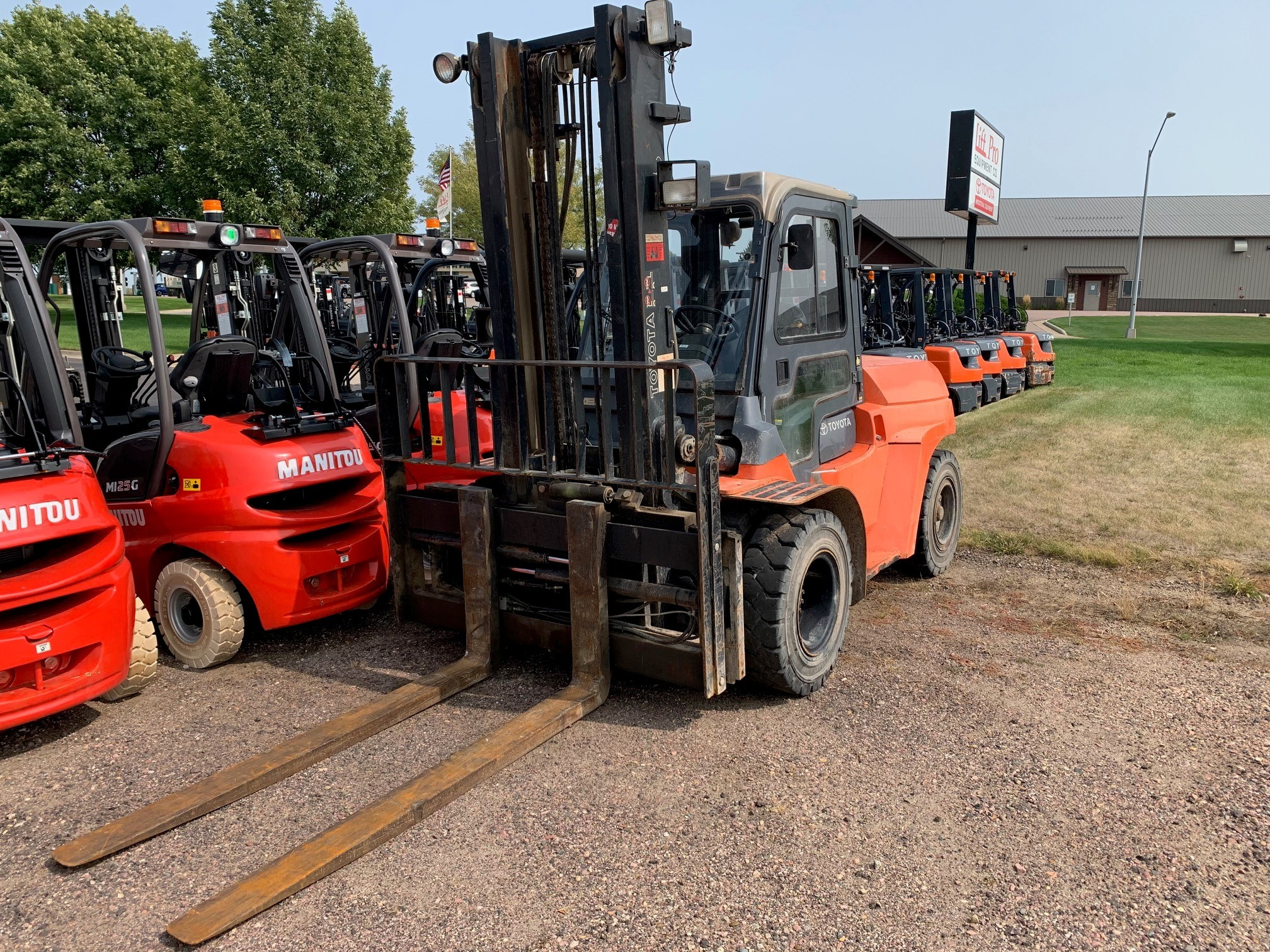 Used, 2012, Toyota Industrial Equipment, 7FDU60, Forklifts / Lift Trucks