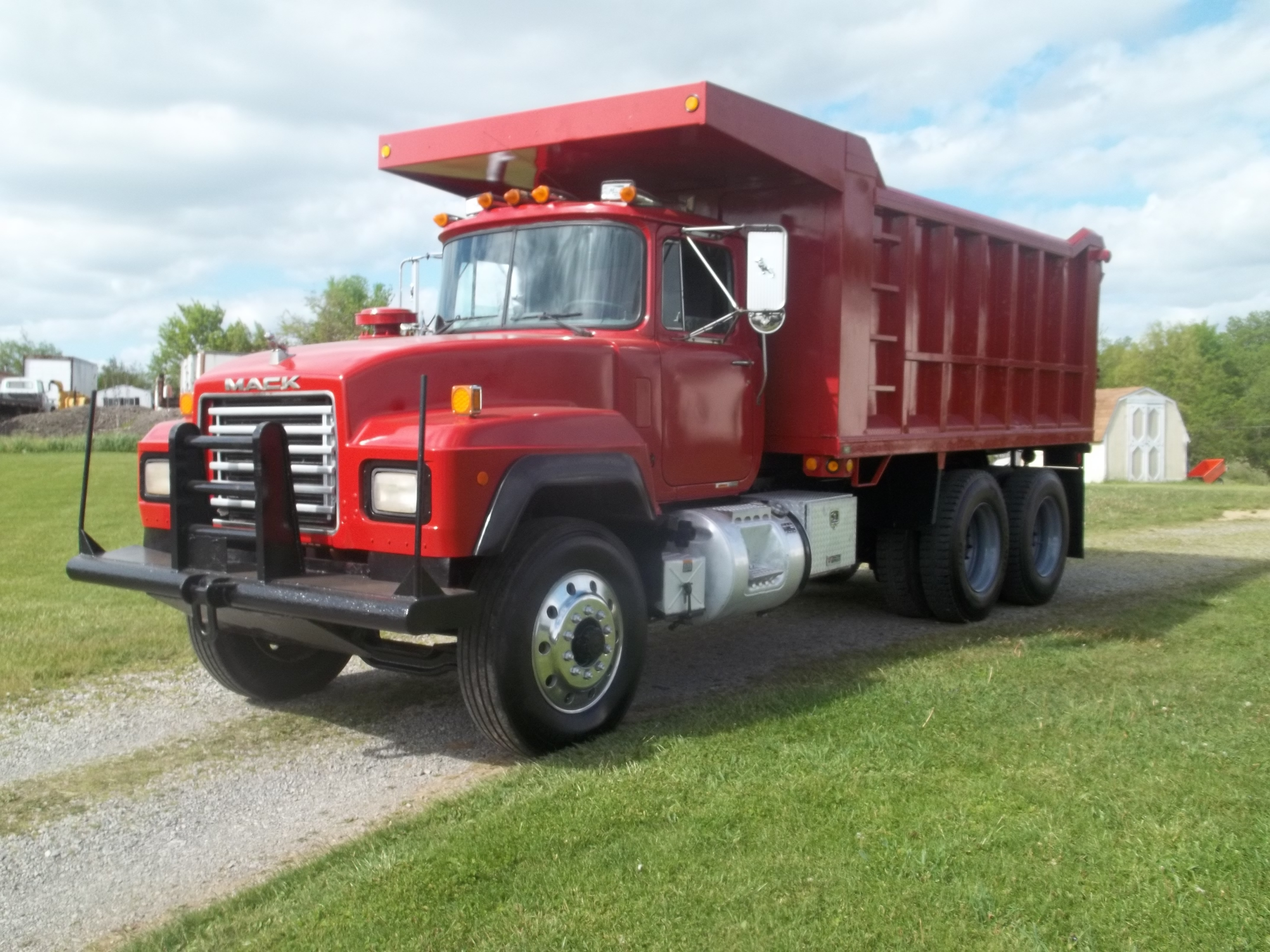 Used, 1995, Mack, RD 690, Dump Trucks