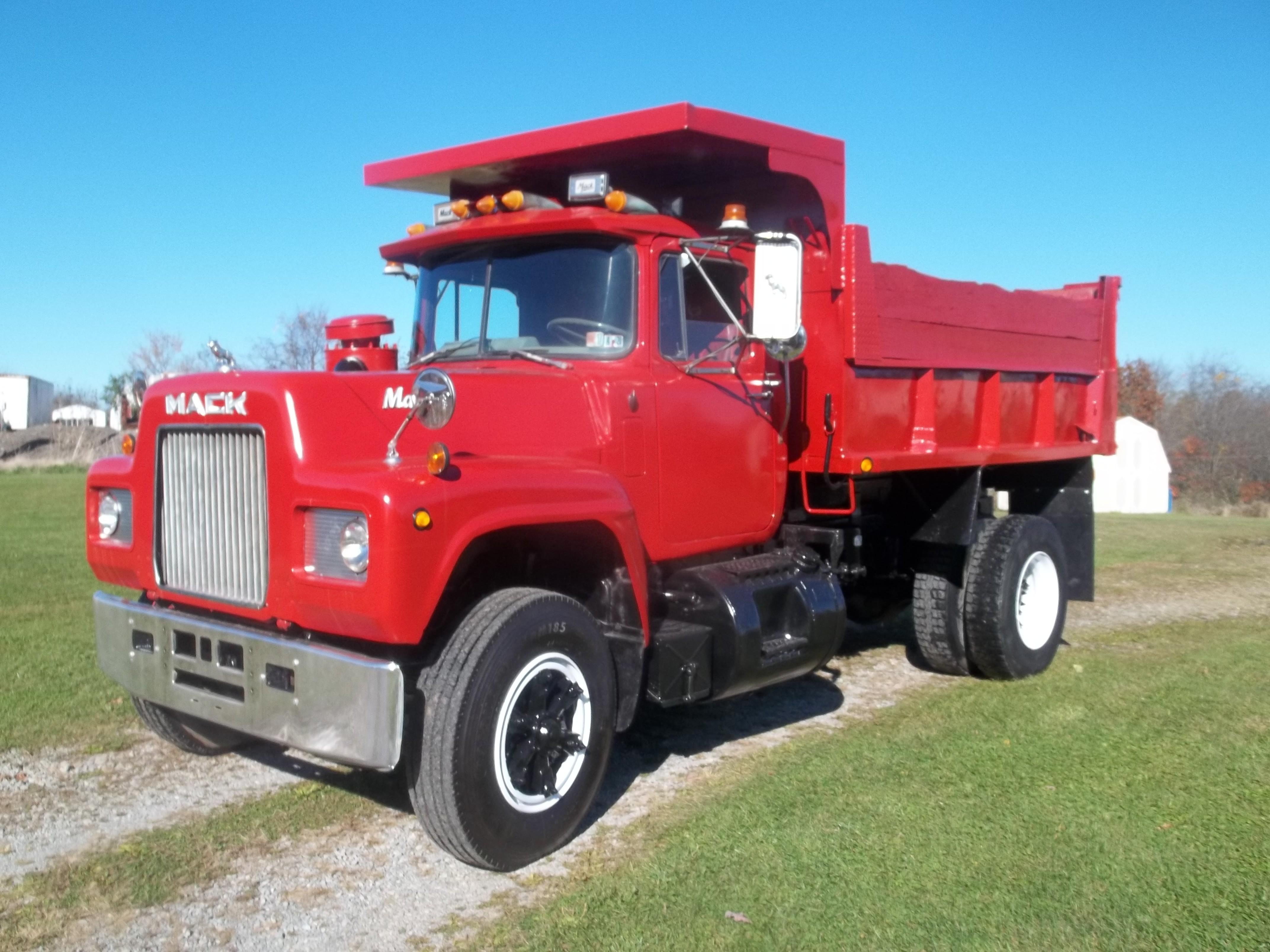 Used, 1978, Mack, R 685, Dump Trucks
