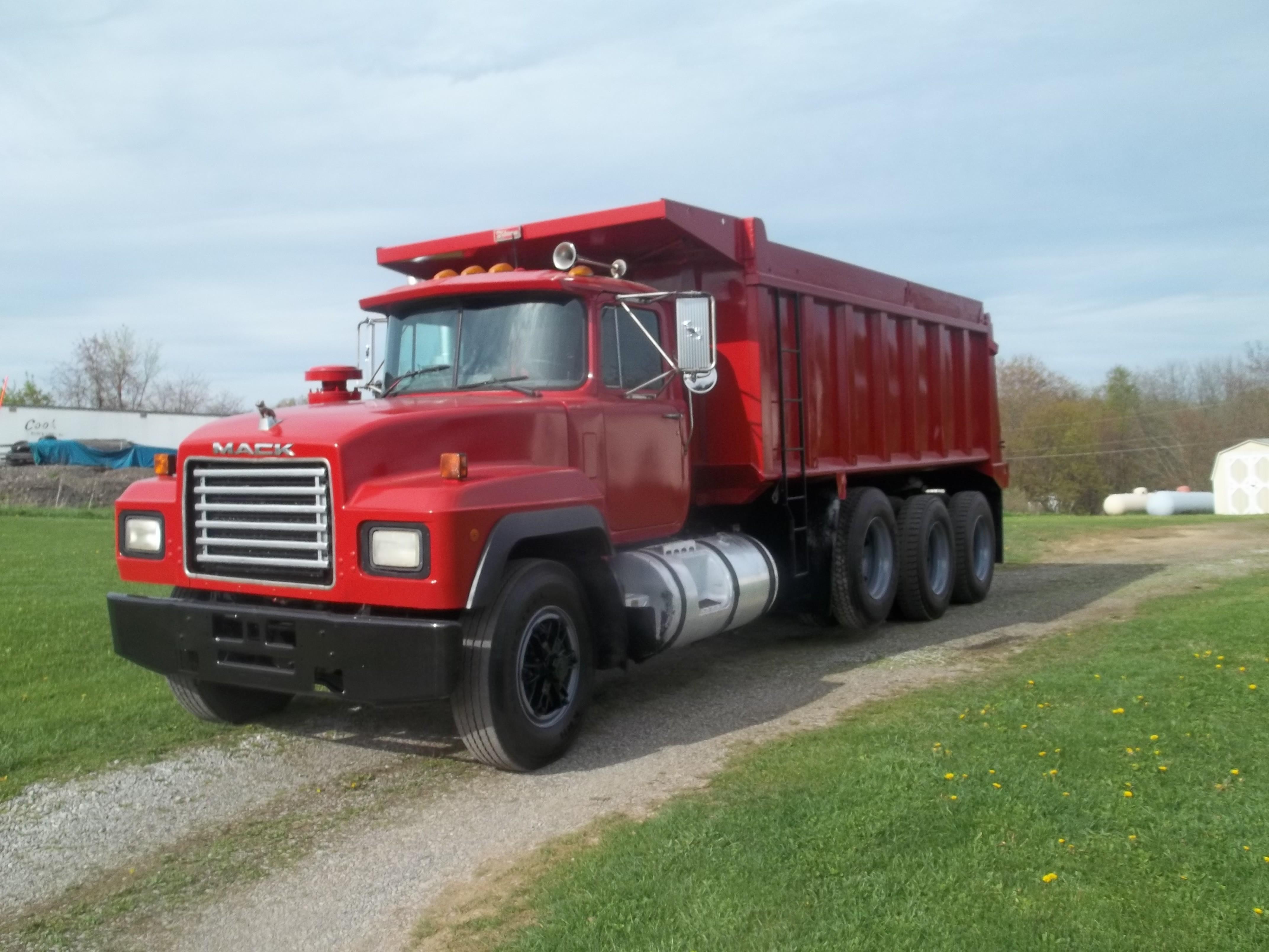Used, 2000, Mack, RD 688, Dump Trucks