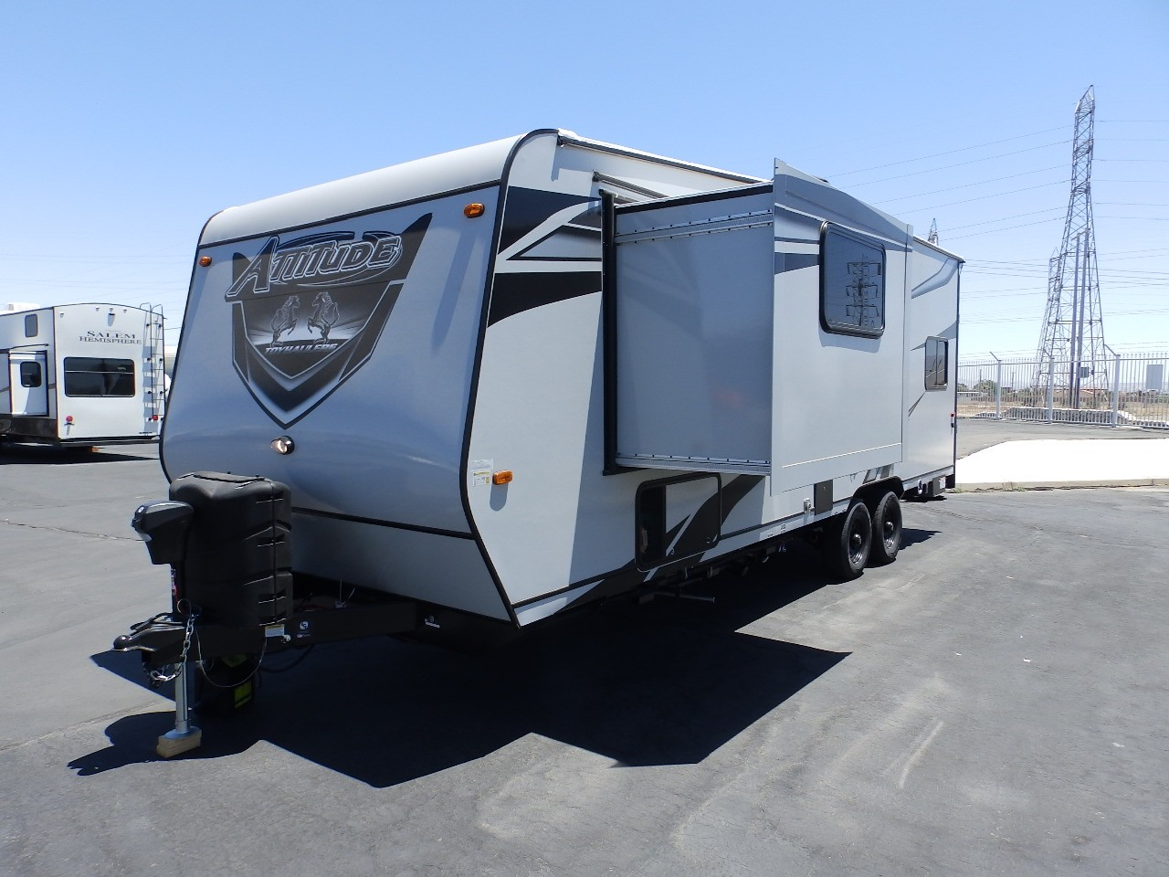 New, 2022, Eclipse, ATTITUDE 2414BSG, 1 SLIDE, FRONT PRIVATE BEDROOM, REAR ELECTRIC DINETTE, ONAN 4000, 330 WATT SOLAR, POWER AWNING, INVERTER, Toy Haulers