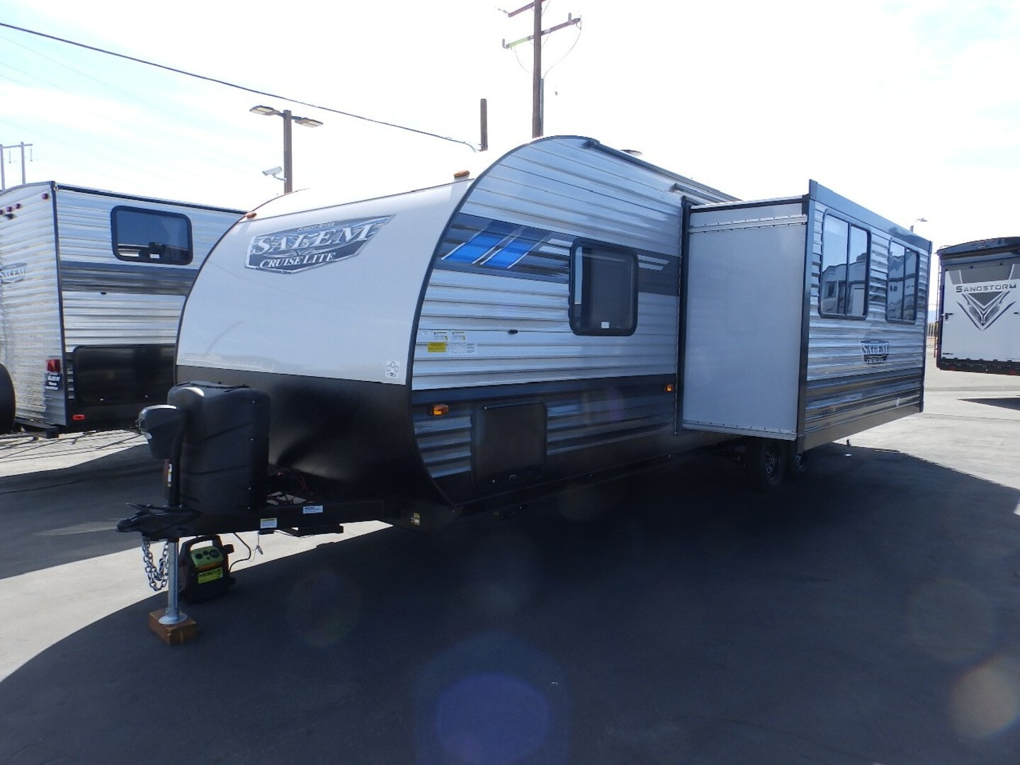 New, 2022, Forest River, SALEM 263BHXL, 1 SLIDE, REAR BUNKS, POWER PACKAGE, EXTERIOR CAMP KITCHEN, FRONT QUEEN BED, SLEEPS 7, FIREPLACE, EXTERIOR SHOWER, Travel Trailers