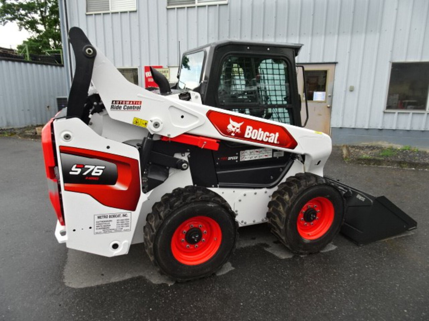 Used, 2021, Bobcat, S76 Skid-Steer Loader - $2300 CASH REBATE OR SPECIAL LOW RATE FINANCING AVAILABLE - C68 PACKAGE W/FEATURES ON DEMAND - SJC CONTROLS - 125 HOURS, Skid Steers