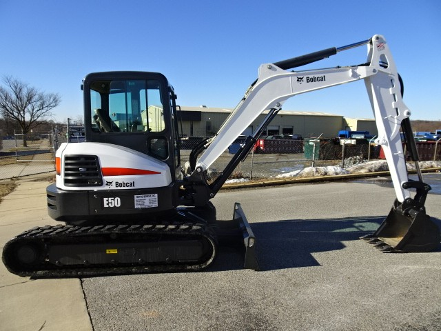 "Used, 2017, Bobcat, E50 Compact Excavator - Long Arm (12'11"" Dig Depth) - 49.8 HP Bobcat Diesel Engine with Auto Idle - Only 1675 Hours - Hydraulic X-Change Attachment Mounting System -  HVAC - Deluxe Panel with Keyless Ignition & Deluxe Cloth Suspension Seat, Excavators"
