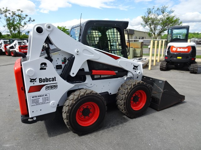 Used, 2017, Bobcat, S650 Skid-Steer Loader 74 HP Turbo-Charged Bobcat Diesel Engine (Tier 4) - 1899 HOURS  EXCELLENT CONDITION - A91 HIGH FLOW HYD PACKAGE - 2 SPEED WITH DELUS KEYLESS START PANEL , Skid Steers
