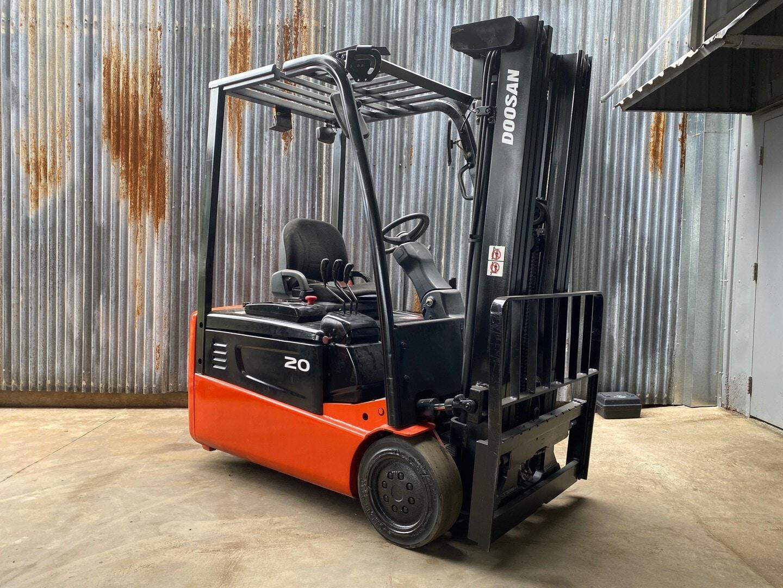 Used, 2012, Doosan Industrial Vehicle, B20T-5, Forklifts / Lift Trucks