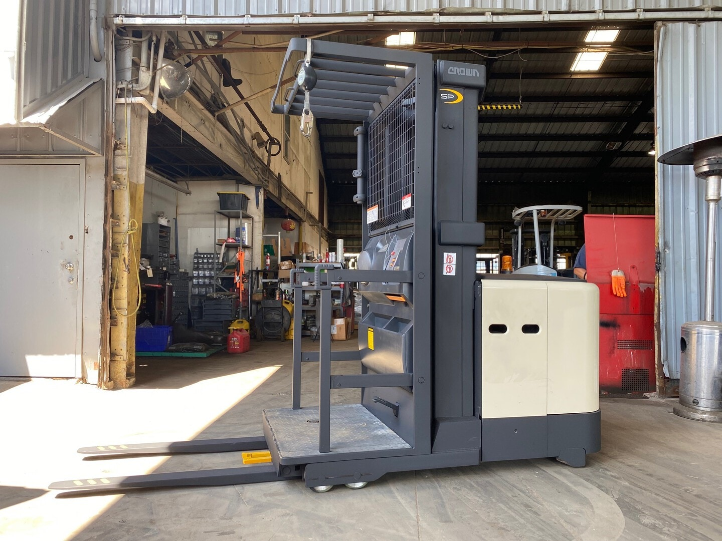 Used, 2011, Crown, SP 3505, Forklifts / Lift Trucks