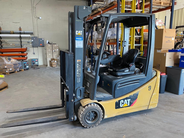 Used, 2013, CAT Lift Trucks, 2ET4000, Forklifts / Lift Trucks