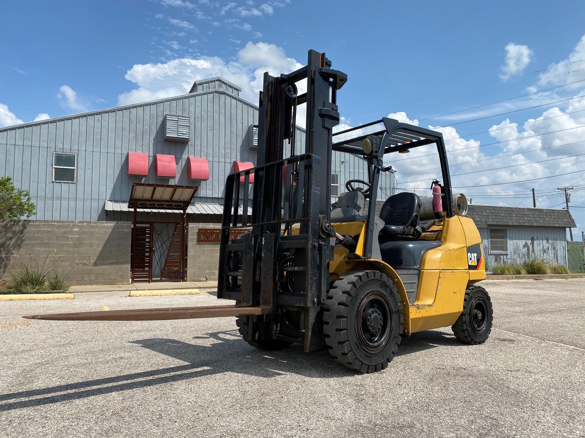 Used, 2011, CAT Lift Trucks, P8000, Forklifts / Lift Trucks