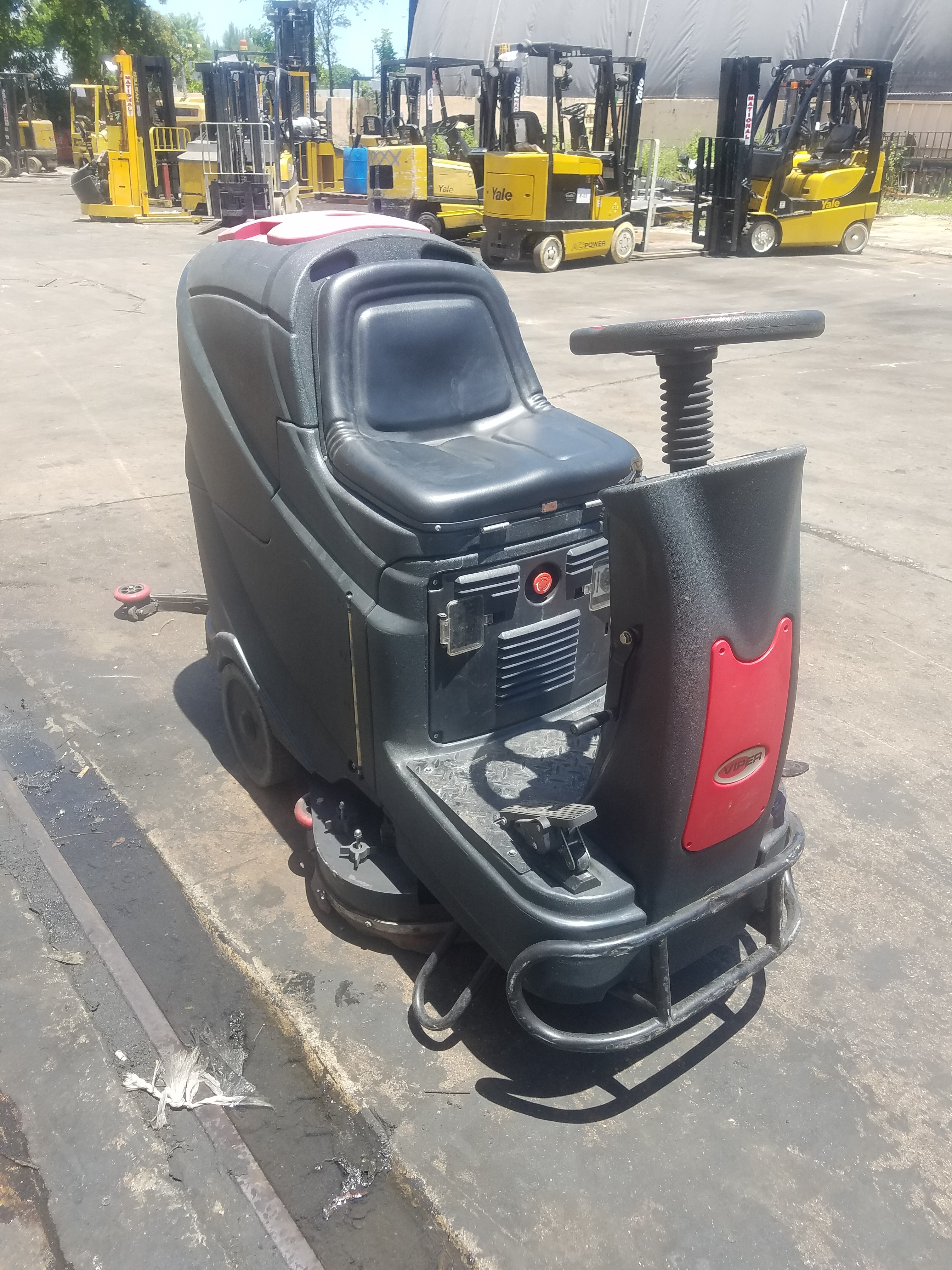 Used, 2017, Advance, AS70, Sweepers