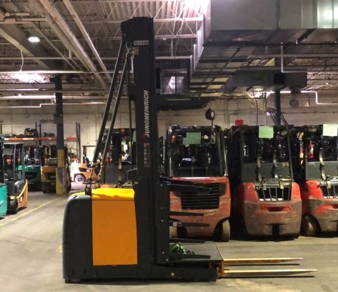 Used, 2012, Jungheinrich, EKS 308, Forklifts / Lift Trucks