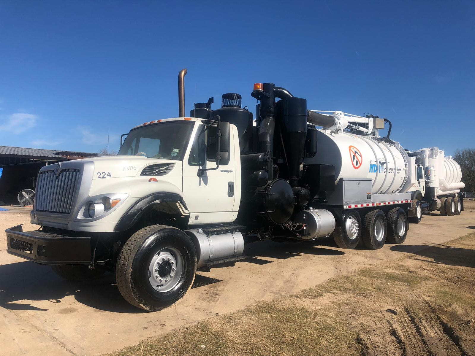 Used, 2008, International, 7600 Hydrovac Vactor HXX Tri-AXLE, Tanker Trucks