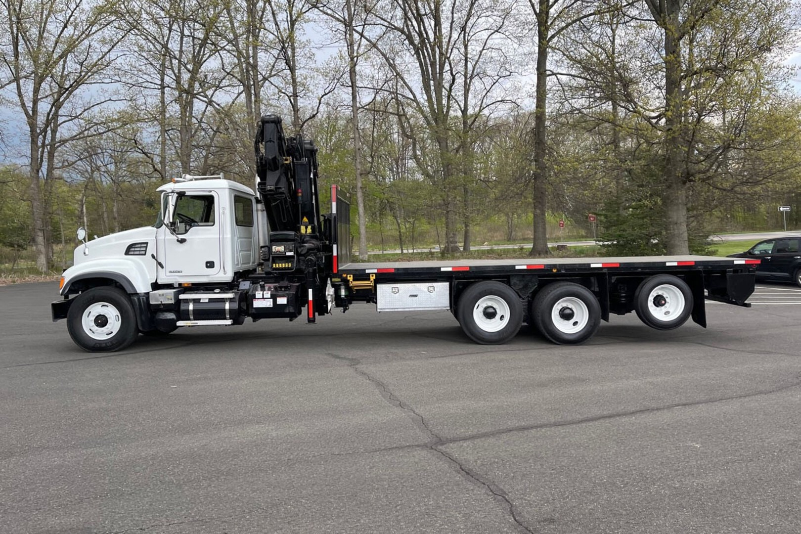 Used, 2005, Other, MACK CV713 W/ 2005 HIAB 288E-4 HIPRO: 11 TON KNUCKLEBOOM TRUCK, Other