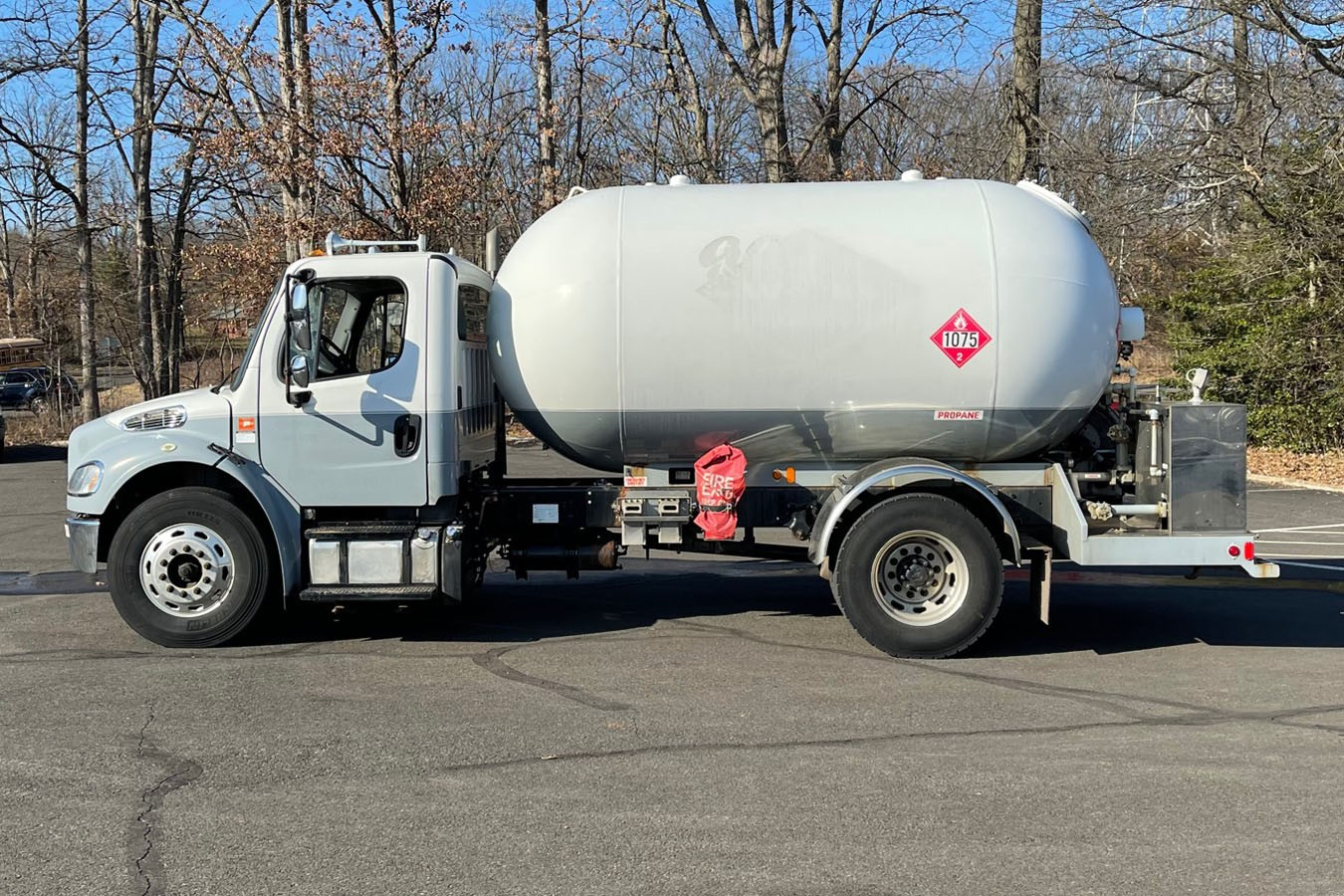 Used, 2011, Other, FREIGHTLINER M2-106 W/ 1972 TRINITY STEEL: 3000 GAL PROPANE TRUCK, Other