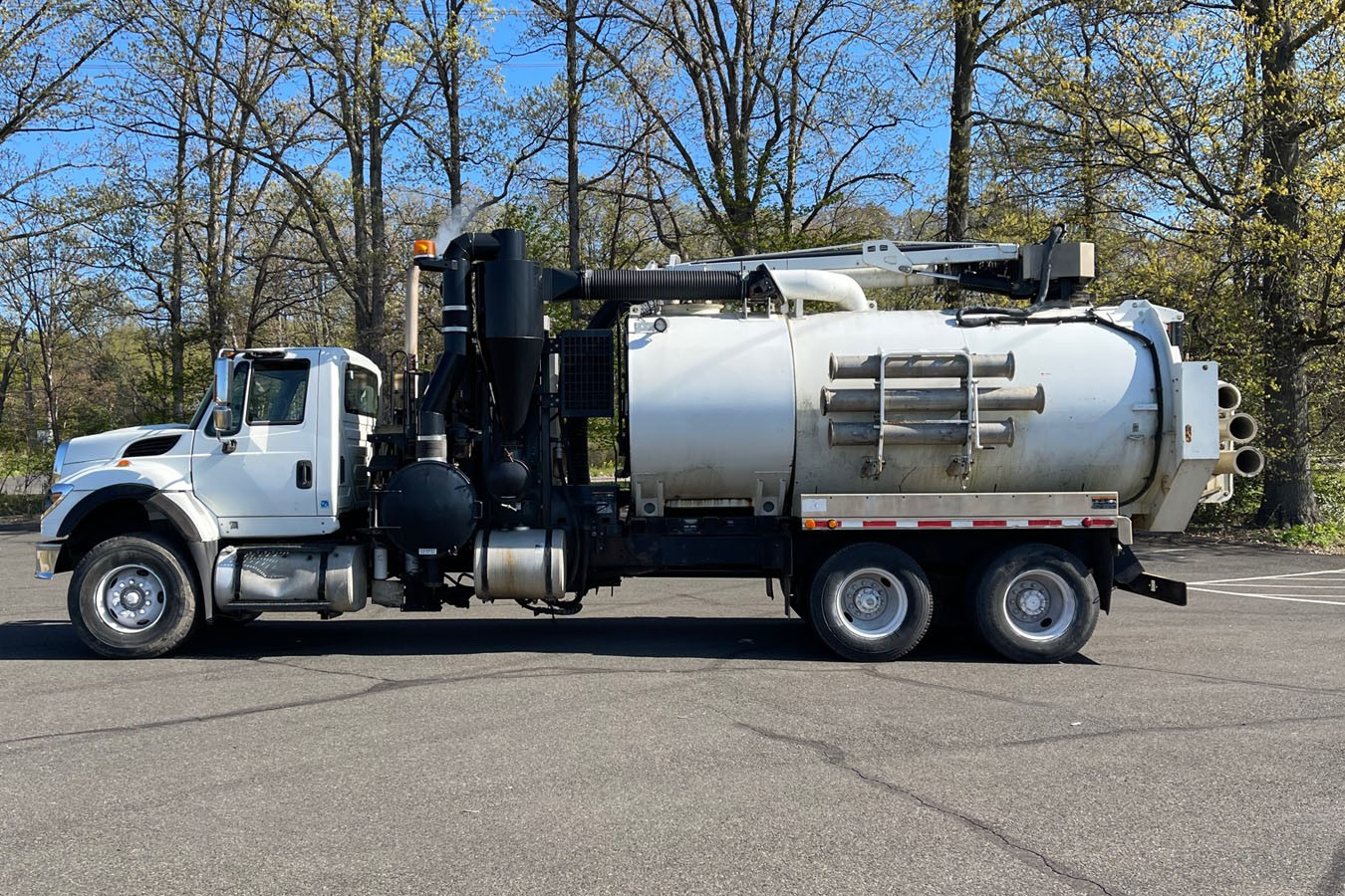Used, 2009, Other, INTERNATIONAL 7600 W/ VACTOR VACUUM EXCAVATOR MODEL HXX12-PD36, Other