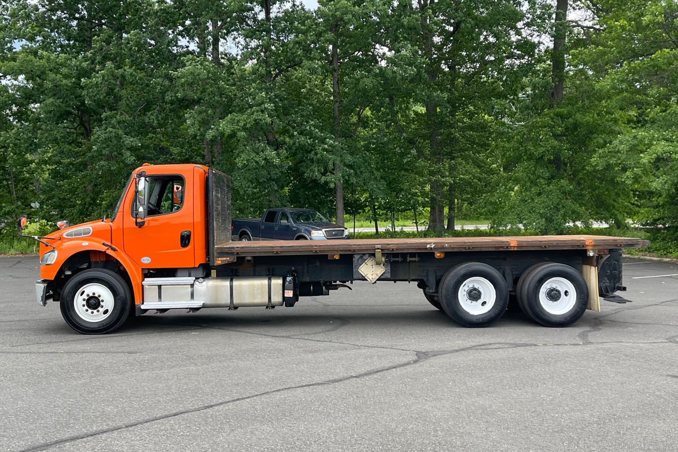Used, 2016, Other, FREIGHTLINER M2-106: 22' STEEL FLATBED W/ MOFFETT PIGGYBACK SETUP, Other