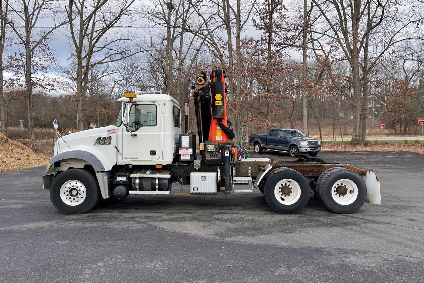 Used, 2008, Other, MACK CV713 TRACTOR W/ 2007 PALFINGER PK29002: 8.5 TON KNUCKLEBOOM TRUCK, Other