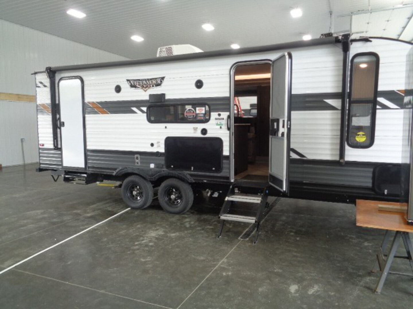 New, 2021, Forest River, Wildwood X-Lite 240BHXL, Travel Trailers