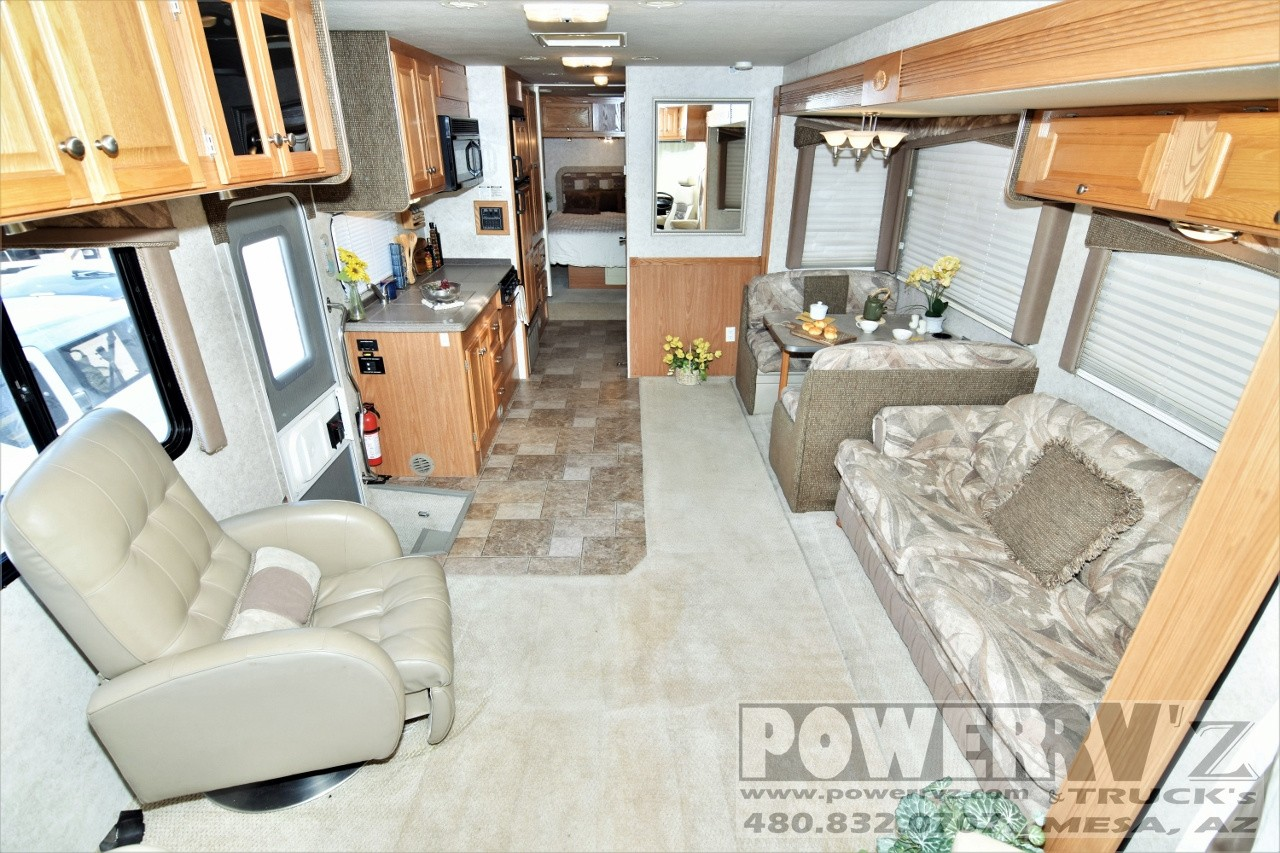 Used, 2005, Gulf Stream, Independence 8330, RV - Class A