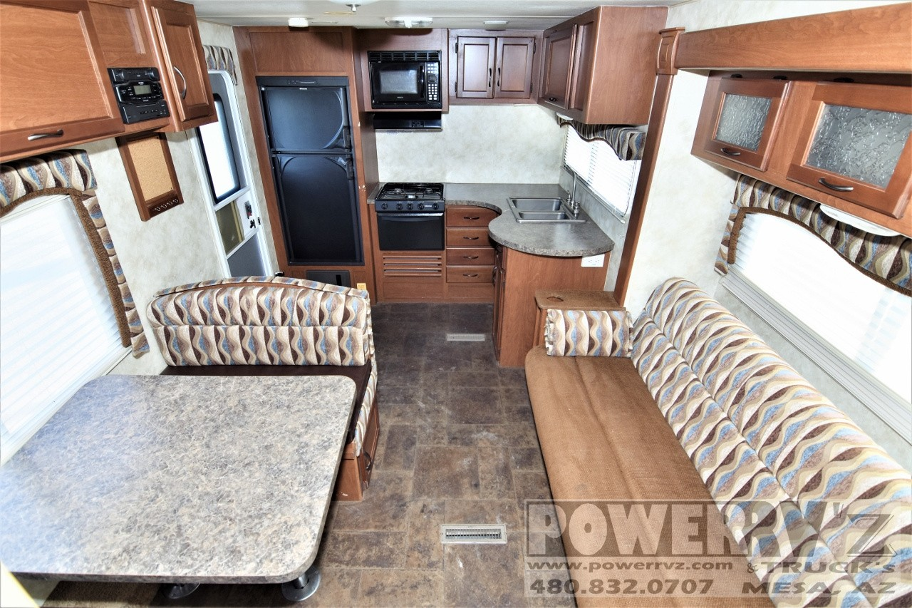 Used, 2013, Pacific Coachworks, Tango Towlite 25FBS, Travel Trailers