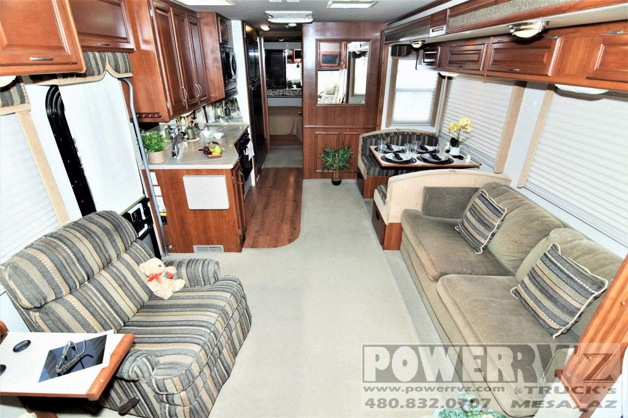 Used, 2005, Fleetwood, Southwind 32VS, RV - Class A