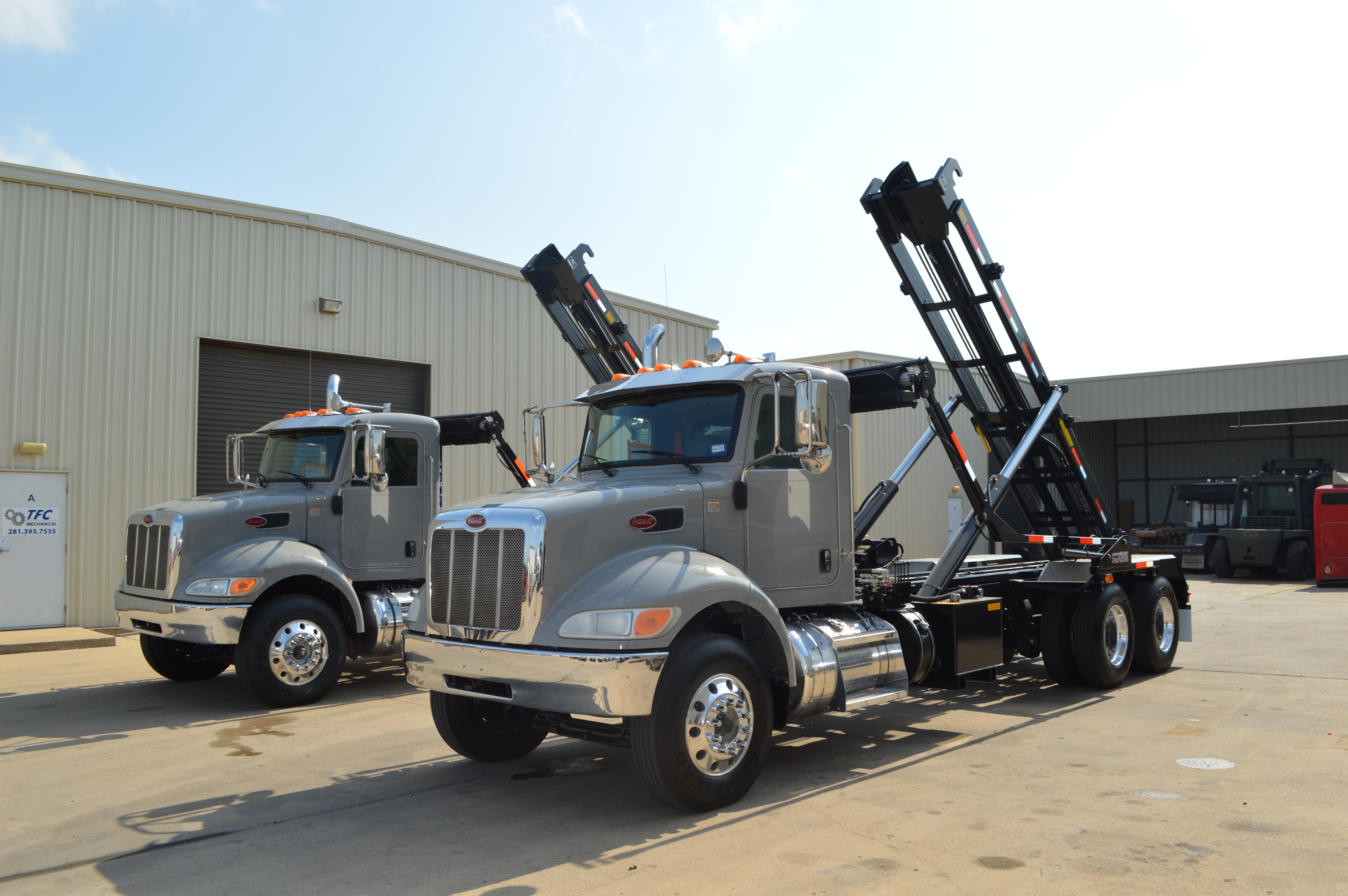 Used, 2016, Peterbilt, 348 Roll Off (Several Available), Transfer Trucks