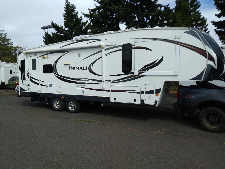 Used, 2013, Dutchmen, Denali 262RLX, Fifth Wheels