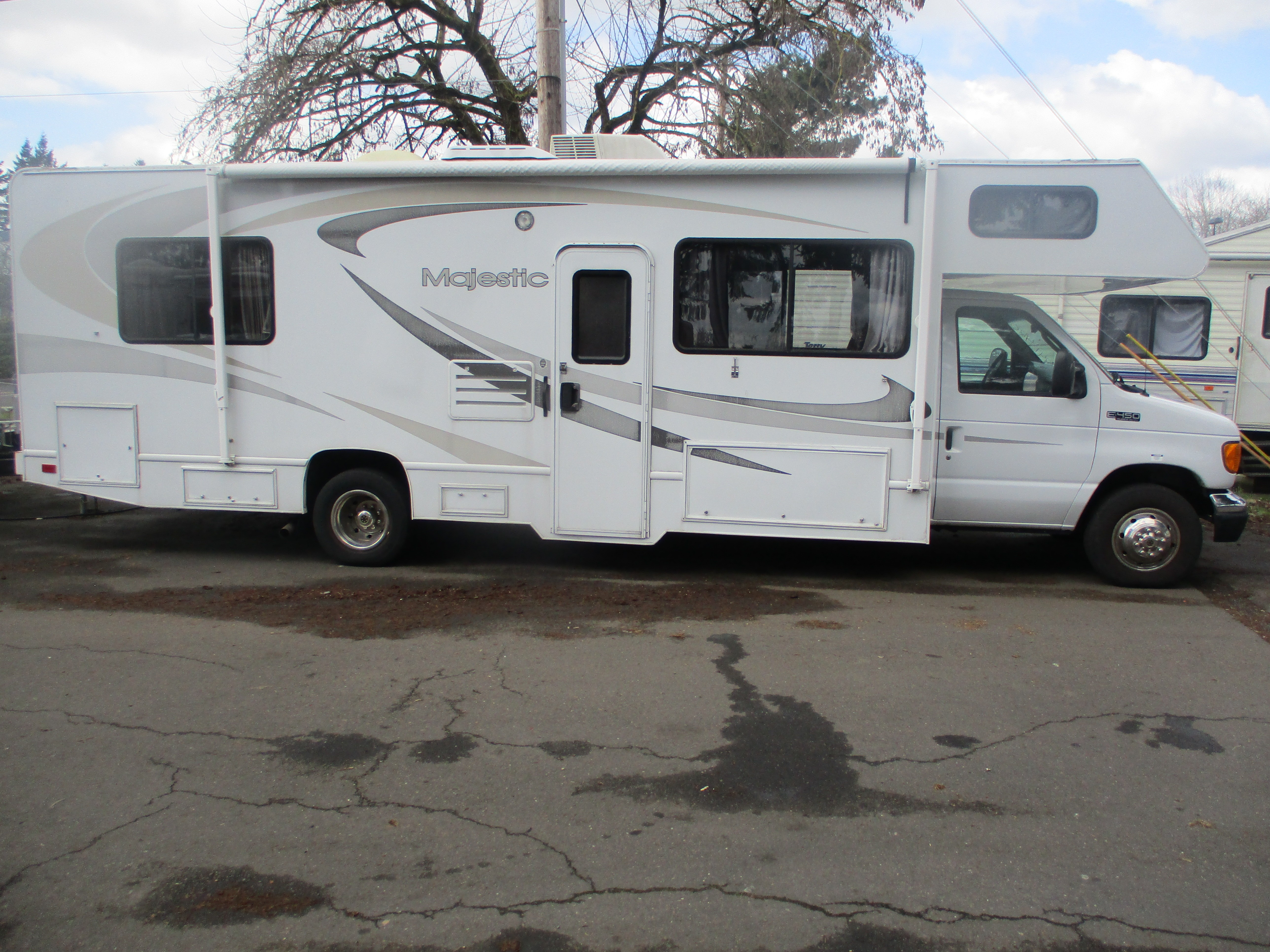 Used, 2005, Four Winds, MAGESTIC, RV - Class C