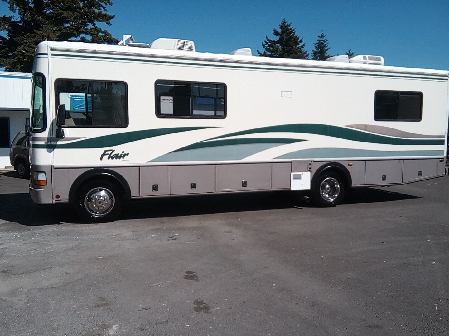 Used, 1999, Fleetwood, FLAIR, RV - Class A
