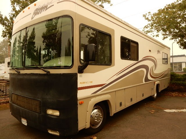 Used, 2000, Fleetwood, Southwind Storm 30H, RV - Class A