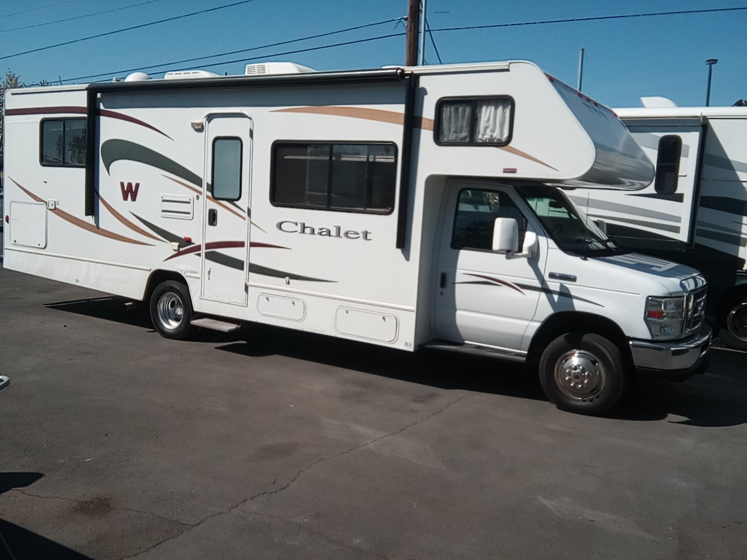 Used, 2009, Winnebago, CHALET, RV - Class C