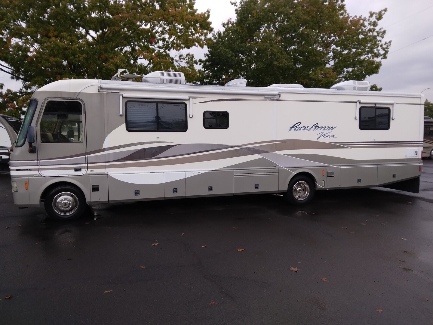 Used, 1999, Fleetwood, PACE ARROW, RV - Class A