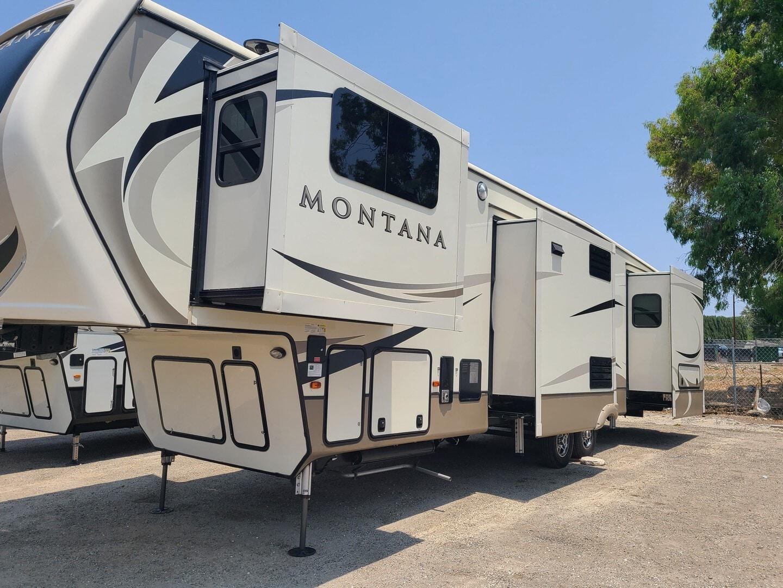 Used, 2018, Montana, 3730 FL, Fifth Wheels