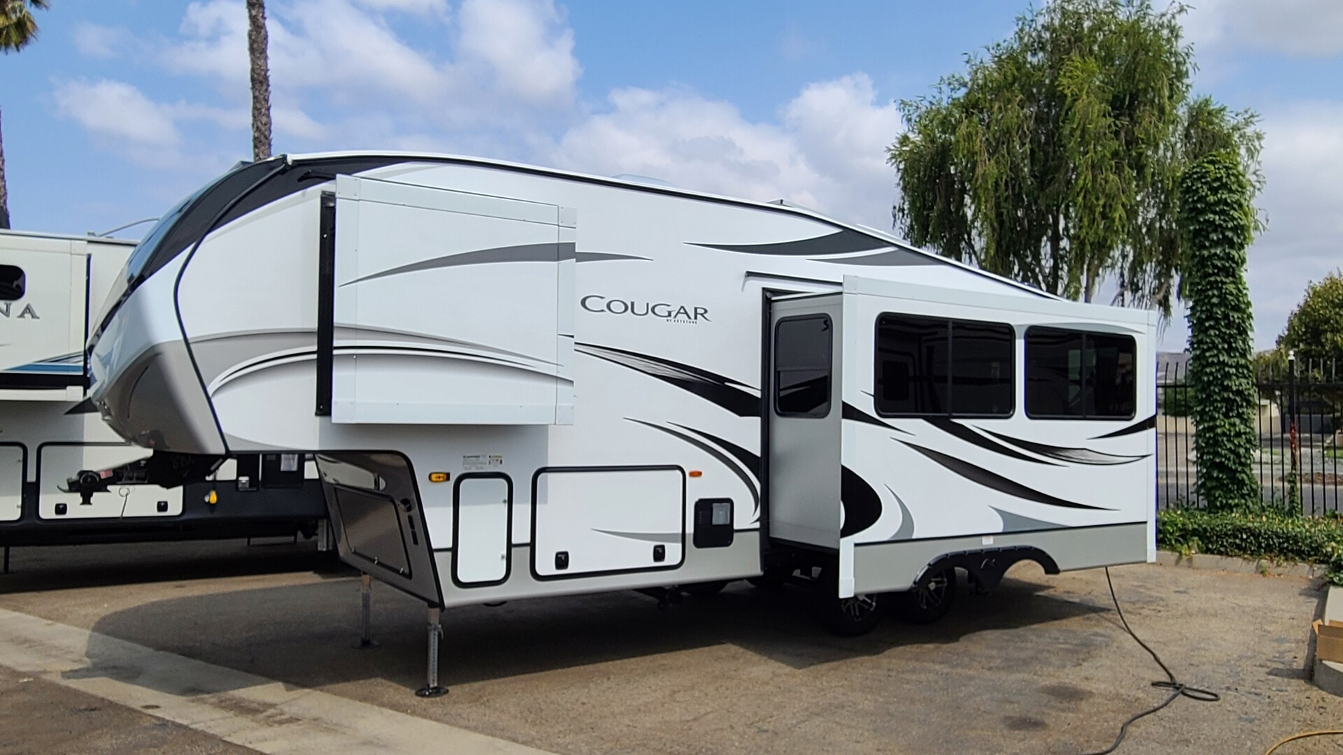 New, 2021, Cougar RV, 25RES, Fifth Wheels