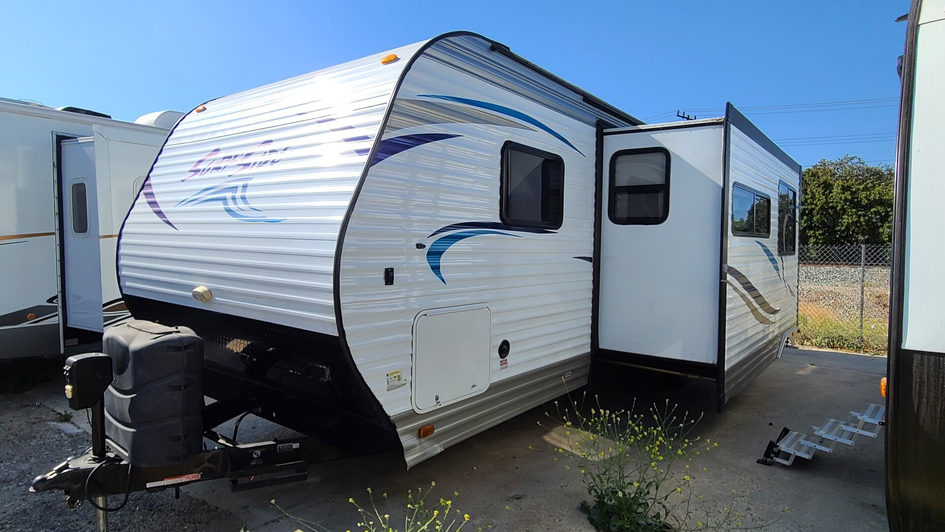 Used, 2016, Pacific Coachworks, SURFSIDE 2810, Travel Trailers