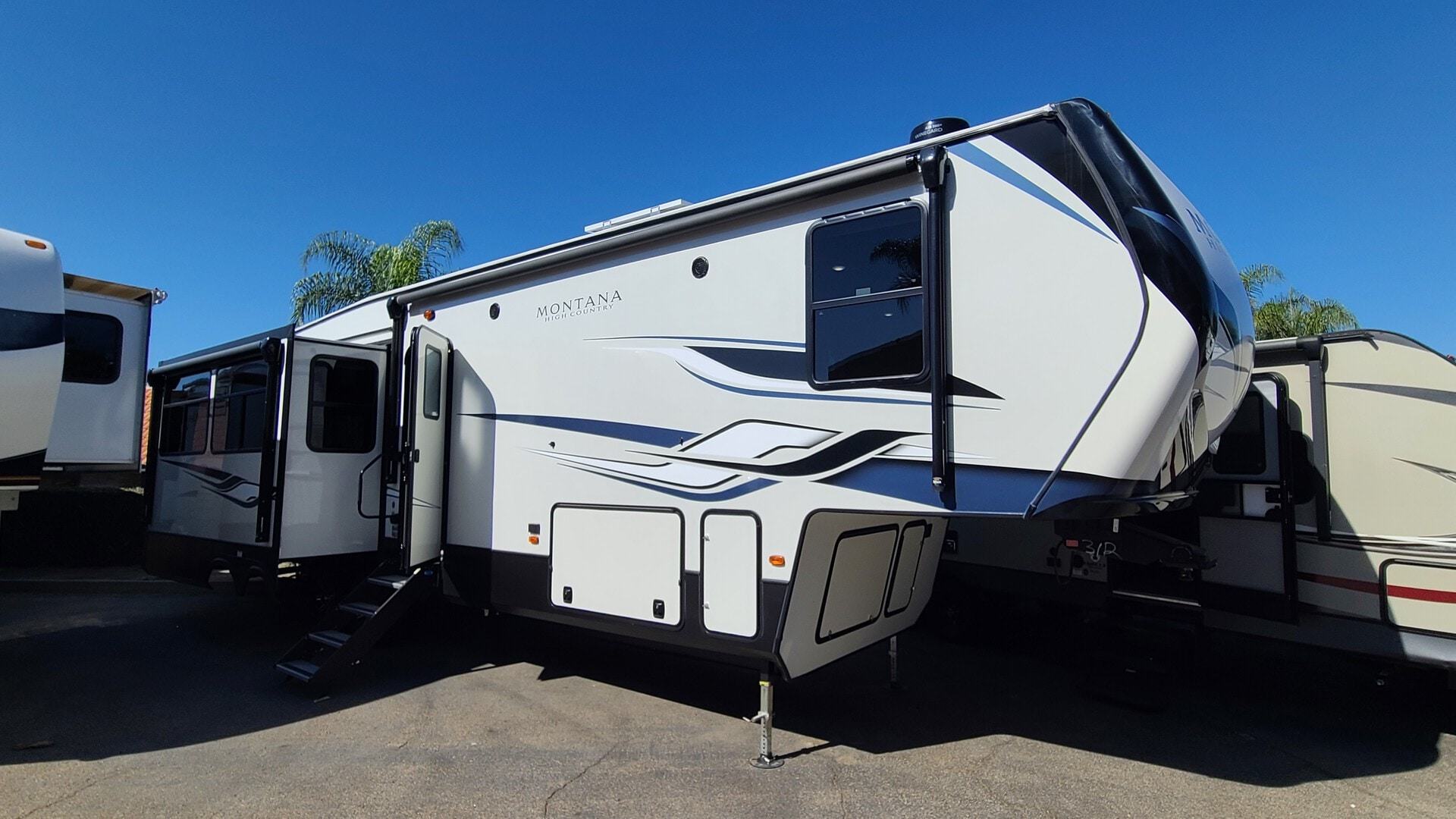 New, 2022, Montana, 331RL HC, Fifth Wheels
